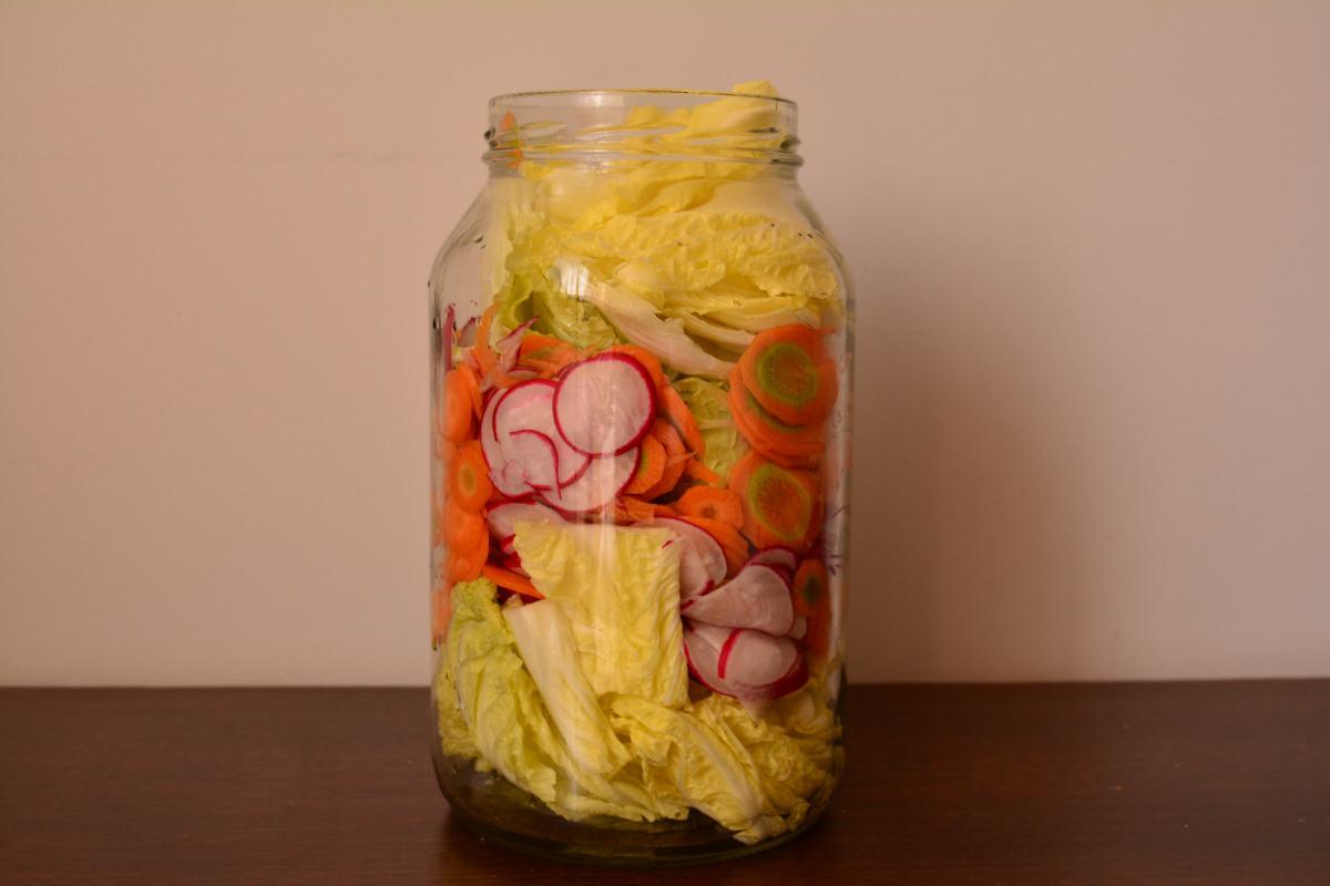 Como fazer kimchi, um fermentado apimentado coreano