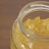 Temporada da laranja: Frutas cristalizadas feitas com casca de laranja champanhe